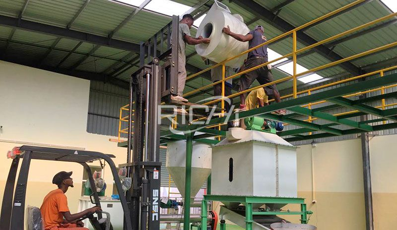 Tanzania 1-2T/H Animal Mash Feed And Pellet Feed Line