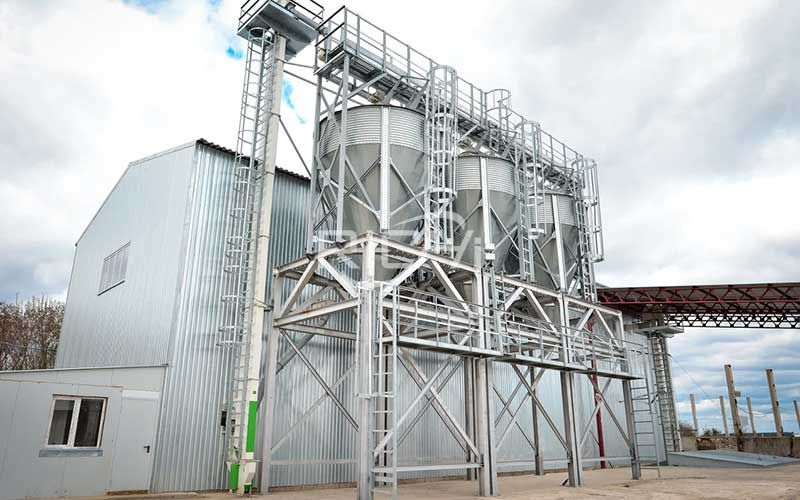 Large-capacity chicken feed pellet production line project