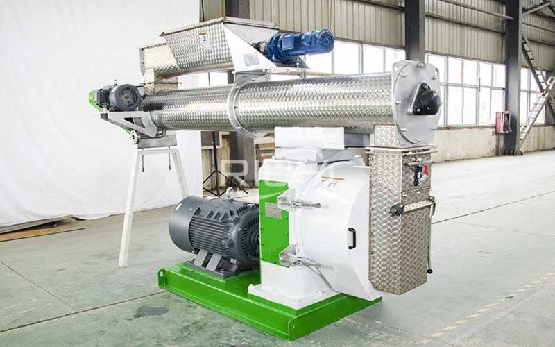 pelletizer that converts food waste into poultry feed