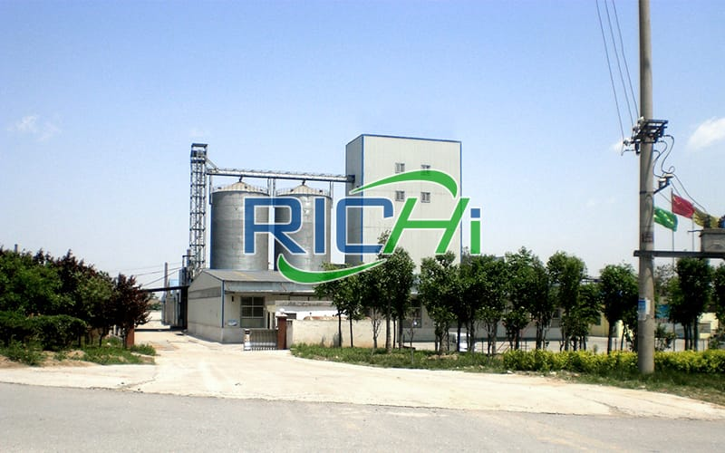Uzbekistan 10-15 TPH Chicken Mash Feed Pellet Production Line With Silo Storage System Project